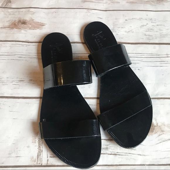 d579f0eb5eac35 Joie Shoes - Joie a la plage sandals! Good condition!